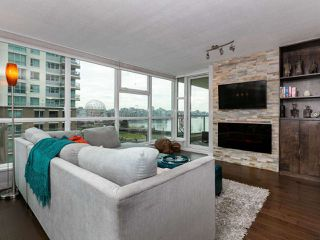 Photo 3: 604 125 MILROSS AVENUE in Vancouver: Downtown VE Condo for sale (Vancouver East)  : MLS®# R2436214