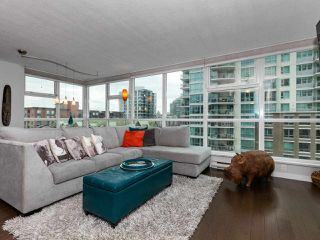 Photo 2: 604 125 MILROSS AVENUE in Vancouver: Downtown VE Condo for sale (Vancouver East)  : MLS®# R2436214