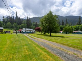 Main Photo: 989 Frenchman Rd in SAYWARD: NI Kelsey Bay/Sayward Other for sale (North Island)  : MLS®# 838745