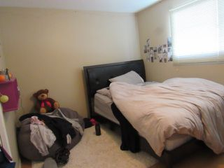 Photo 17: 35 Lorraine Crescent in St. Albert: House for rent