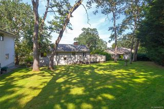 Photo 23: 1542 Oak Park Pl in Saanich: SE Cedar Hill Single Family Detached for sale (Saanich East)  : MLS®# 844259