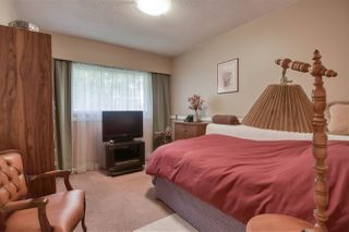 Photo 13: 14255 KINDERSLEY Drive in Surrey: Bolivar Heights House for sale (North Surrey)  : MLS®# R2478300