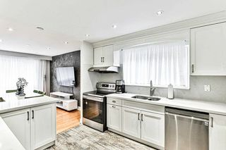 Photo 12: 14 Fontainbleau Drive in Toronto: Newtonbrook West House (2-Storey) for sale (Toronto C07)  : MLS®# C4906491