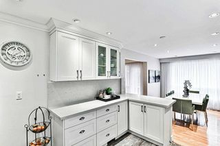 Photo 11: 14 Fontainbleau Drive in Toronto: Newtonbrook West House (2-Storey) for sale (Toronto C07)  : MLS®# C4906491