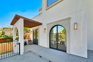 Photo 5: MISSION HILLS House for sale : 5 bedrooms : 1729 W Montecito Way in San Diego