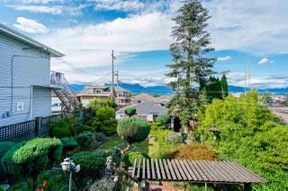 Photo 4: 2843 E 5TH Avenue in Vancouver: Renfrew VE House for sale (Vancouver East)  : MLS®# R2391370