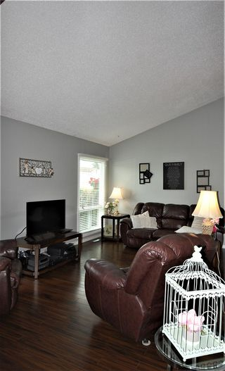 Photo 5: 75 KINISKI Crescent in Edmonton: Zone 29 House for sale : MLS®# E4167088