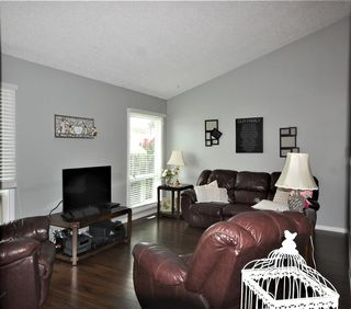 Photo 3: 75 KINISKI Crescent in Edmonton: Zone 29 House for sale : MLS®# E4167088
