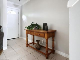 Photo 15: 10 35 WATERMAN Avenue in London: South R Residential for sale (South)  : MLS®# 220905