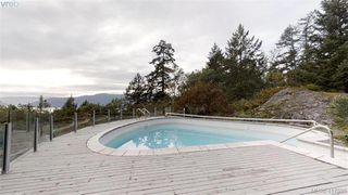 Photo 16: 8074 McPhail Road in SAANICHTON: CS Inlet Single Family Detached for sale (Central Saanich)  : MLS®# 417500