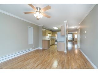 """Photo 9: 4 32640 MURRAY Avenue in Abbotsford: Central Abbotsford Townhouse for sale in """"Parkside Place"""" : MLS®# R2430513"""