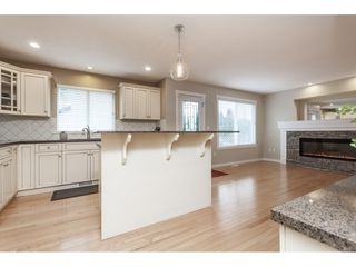 Photo 10: 20612 66A Avenue in Langley: Willoughby Heights House for sale : MLS®# R2435243