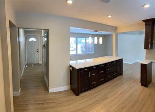 Photo 4:  in Edmonton: Zone 22 House for sale : MLS®# E4187493
