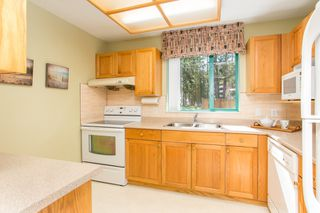 """Photo 4: 107 1569 EVERALL Street: White Rock Condo for sale in """"SEAWYND MANOR"""" (South Surrey White Rock)  : MLS®# R2448735"""