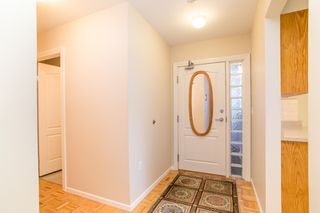 """Photo 15: 107 1569 EVERALL Street: White Rock Condo for sale in """"SEAWYND MANOR"""" (South Surrey White Rock)  : MLS®# R2448735"""