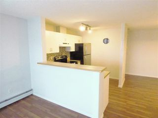Photo 1: 410 14708 50 Street in Edmonton: Zone 02 Condo for sale : MLS®# E4196630