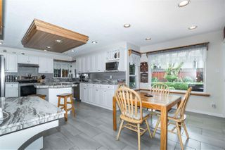 Photo 13: 18338 CLAYTONWOOD Crescent in Surrey: Cloverdale BC House for sale (Cloverdale)  : MLS®# R2460942
