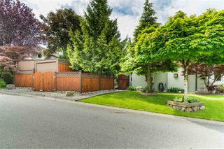 Photo 40: 18338 CLAYTONWOOD Crescent in Surrey: Cloverdale BC House for sale (Cloverdale)  : MLS®# R2460942