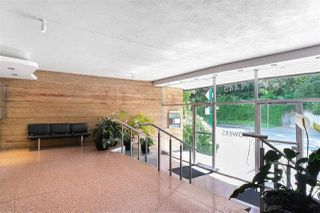 Photo 3: 314 1445 MARPOLE Avenue in Vancouver: Fairview VW Condo for sale (Vancouver West)  : MLS®# R2470942