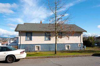 Photo 17: 3003 GRAVELEY STREET in Vancouver: Renfrew VE House for sale (Vancouver East)  : MLS®# R2446907