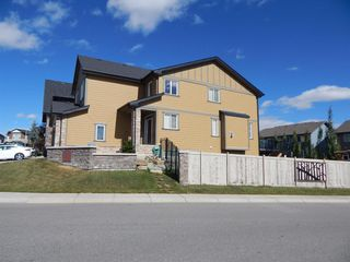 Photo 2: 215 Panatella View in Calgary: Panorama Hills Detached for sale : MLS®# A1046159