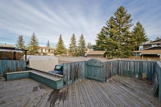 Photo 3: 2 6416 4A Street NE in Calgary: Thorncliffe Row/Townhouse for sale : MLS®# A1053166