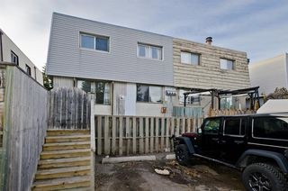 Photo 2: 2 6416 4A Street NE in Calgary: Thorncliffe Row/Townhouse for sale : MLS®# A1053166
