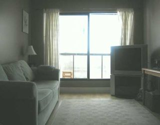 """Photo 5: 112 240 MAHON AV in North Vancouver: Lower Lonsdale Condo for sale in """"SEADALE PLACE"""" : MLS®# V606834"""