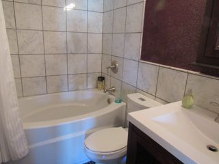 Photo 8: 17052 98 Street in Edmonton: House for rent