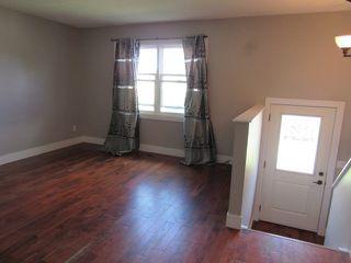 Photo 5: 17052 98 Street in Edmonton: House for rent