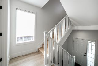 Photo 3: 34 1237 CARTER CREST Road in Edmonton: Zone 14 Townhouse for sale : MLS®# E4179861
