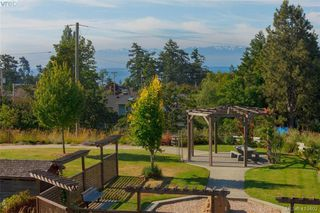 Photo 14: 209 1405 Esquimalt Rd in VICTORIA: Es Saxe Point Condo for sale (Esquimalt)  : MLS®# 830084