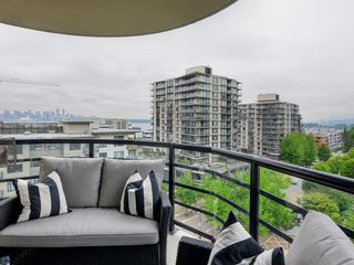 "Photo 14: 805 124 W 1ST Street in North Vancouver: Lower Lonsdale Condo for sale in ""The Q"" : MLS®# R2436276"