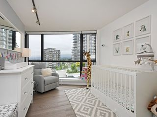 "Photo 10: 805 124 W 1ST Street in North Vancouver: Lower Lonsdale Condo for sale in ""The Q"" : MLS®# R2436276"