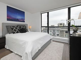 "Photo 8: 805 124 W 1ST Street in North Vancouver: Lower Lonsdale Condo for sale in ""The Q"" : MLS®# R2436276"