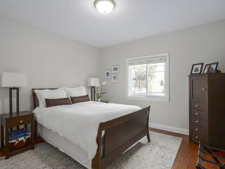Photo 13: 5383 SPETIFORE Crescent in Delta: Tsawwassen Central House for sale (Tsawwassen)  : MLS®# R2439998