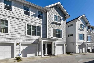 """Photo 3: 29 16228 16 Avenue in Surrey: King George Corridor Townhouse for sale in """"Pier 16"""" (South Surrey White Rock)  : MLS®# R2446444"""