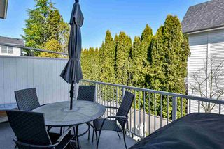 """Photo 11: 29 16228 16 Avenue in Surrey: King George Corridor Townhouse for sale in """"Pier 16"""" (South Surrey White Rock)  : MLS®# R2446444"""