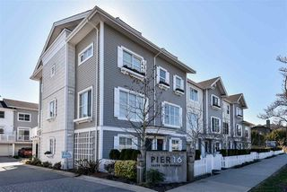 """Photo 2: 29 16228 16 Avenue in Surrey: King George Corridor Townhouse for sale in """"Pier 16"""" (South Surrey White Rock)  : MLS®# R2446444"""