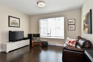 """Photo 4: 29 16228 16 Avenue in Surrey: King George Corridor Townhouse for sale in """"Pier 16"""" (South Surrey White Rock)  : MLS®# R2446444"""