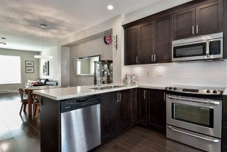 """Photo 7: 29 16228 16 Avenue in Surrey: King George Corridor Townhouse for sale in """"Pier 16"""" (South Surrey White Rock)  : MLS®# R2446444"""