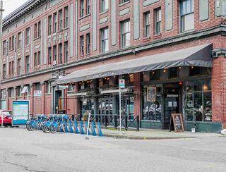 "Photo 13: 320 289 E 6TH Avenue in Vancouver: Mount Pleasant VE Condo for sale in ""SHINE"" (Vancouver East)  : MLS®# R2452303"