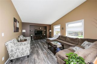 Photo 16: 47 Breton Bay in Winnipeg: Residential for sale (2J)  : MLS®# 202011865