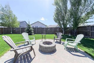 Photo 4: 47 Breton Bay in Winnipeg: Residential for sale (2J)  : MLS®# 202011865