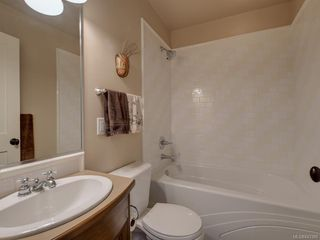 Photo 26: 2 840 Pemberton Rd in Victoria: Vi Rockland Row/Townhouse for sale : MLS®# 843389