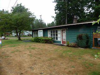"Photo 2: 1858 CAROL Road: Lindell Beach House for sale in ""Lindel Beach"" (Cultus Lake)  : MLS®# R2483951"
