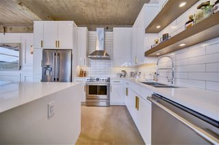 Photo 2: 102 10355 105 Street in Edmonton: Zone 12 Condo for sale : MLS®# E4214820