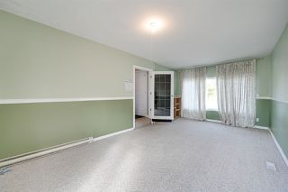 Photo 2: 11211 40 Avenue in Edmonton: Zone 16 House for sale : MLS®# E4214879