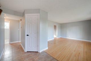 Photo 5: 11211 40 Avenue in Edmonton: Zone 16 House for sale : MLS®# E4214879