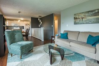 Photo 3: 599 23rd St in : CV Courtenay City House for sale (Comox Valley)  : MLS®# 857975